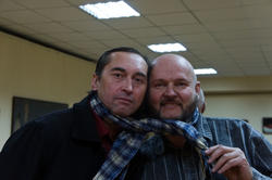 Слева: Анвар Сайфутдинов