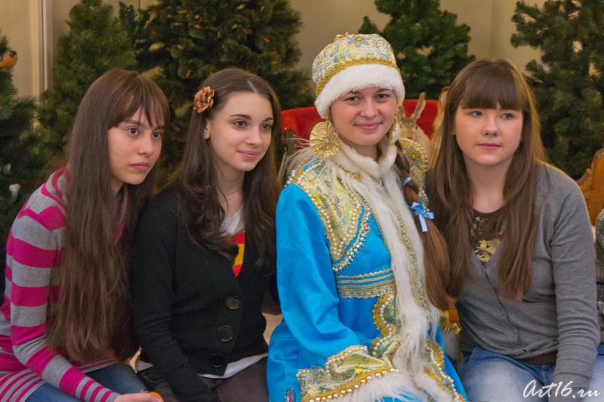 фото со Снегурочкой::Летопись Нового года