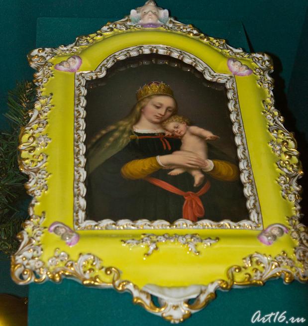 Мадонна с младенцем. Европа XIX  (?)::Летопись Нового года