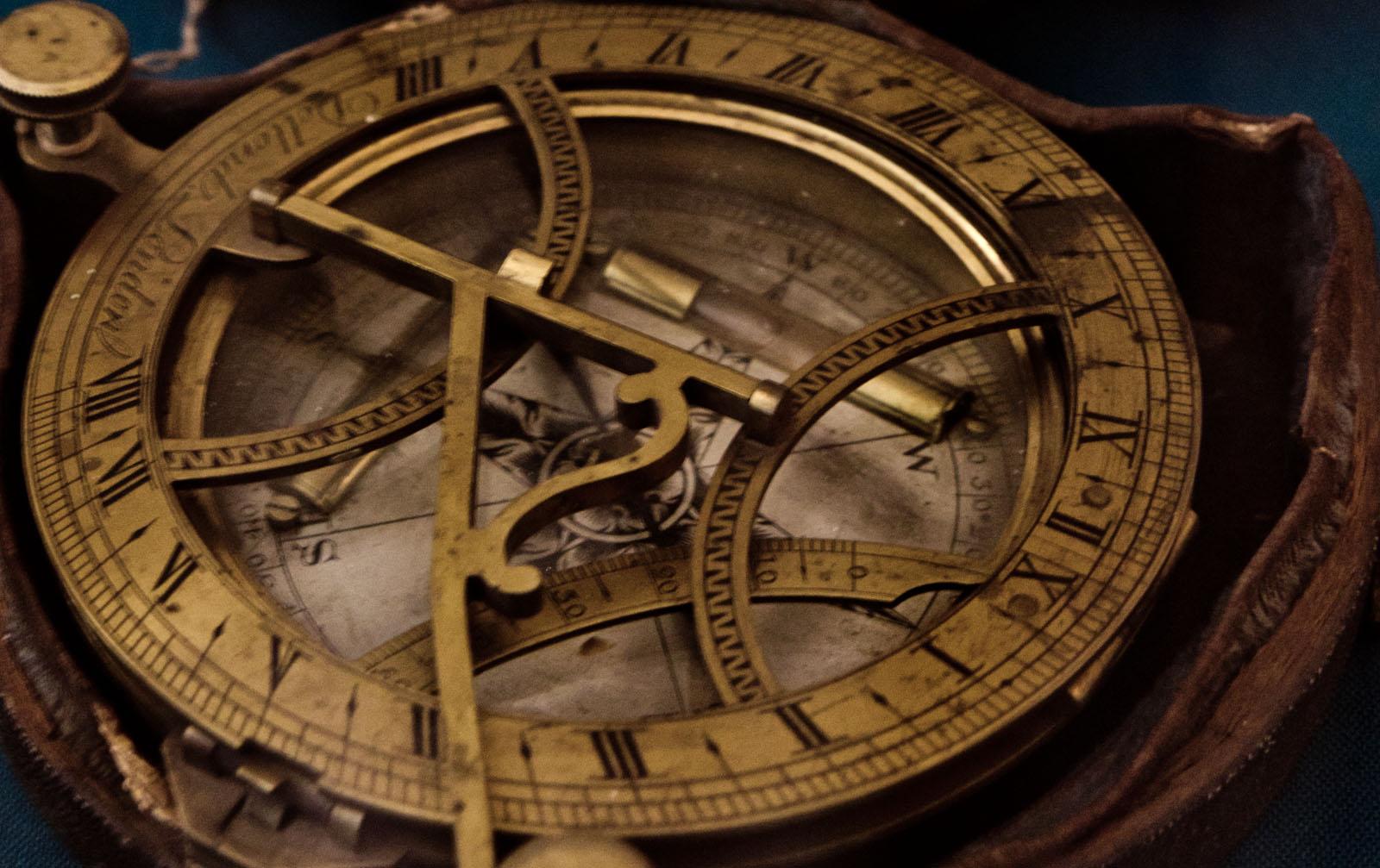 ВИДЕО : Как сделать компас своими руками - Лайфхакер 56