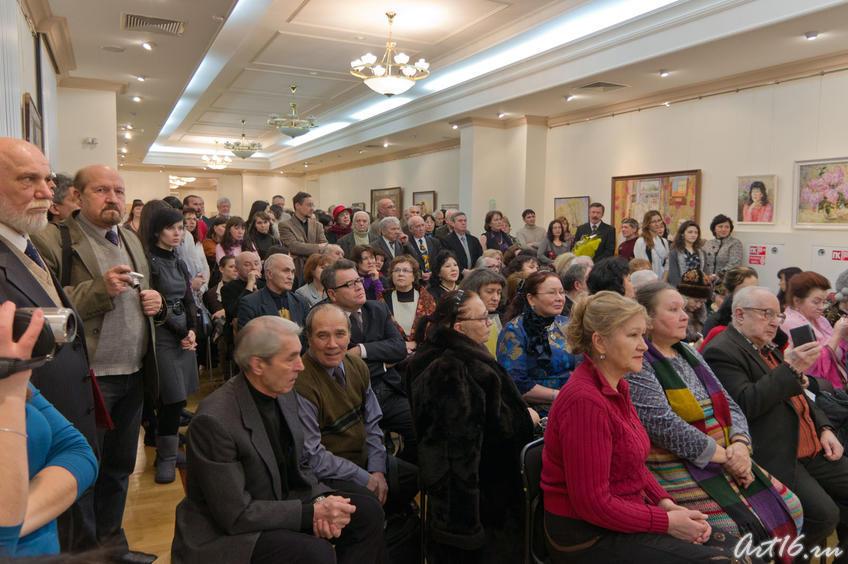 Фото №69082. На торжественном открытии выставки Зуфара Гимаева (2011)