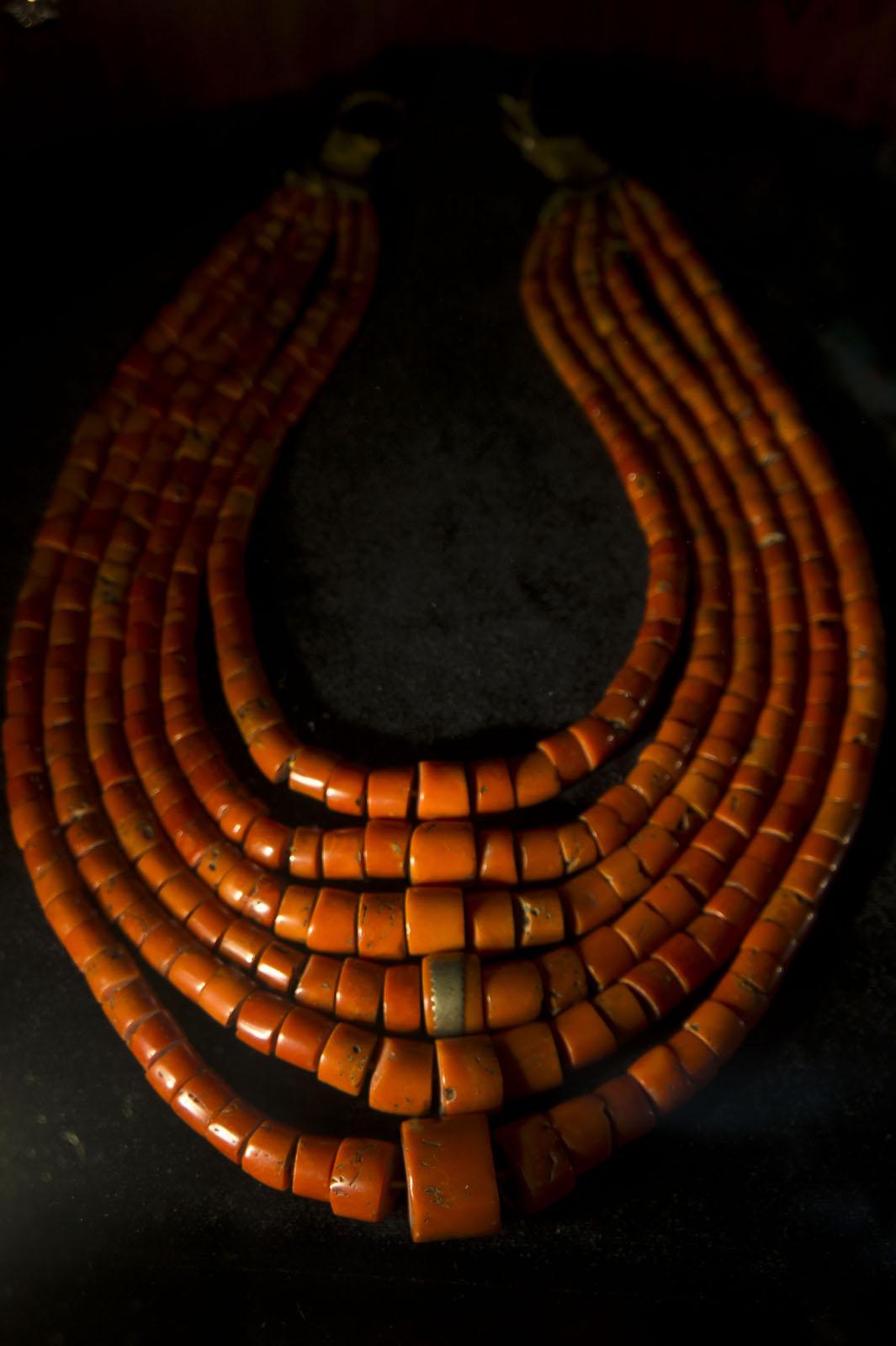 Фото №70874. Ожерелье из красных морских кораллов. Украина, Полтавщина, XIX век