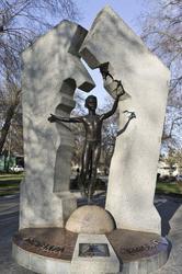 Памятник детям Чернобыля