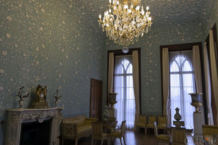 Голубая гостиная. Фрагмент интерьера.
