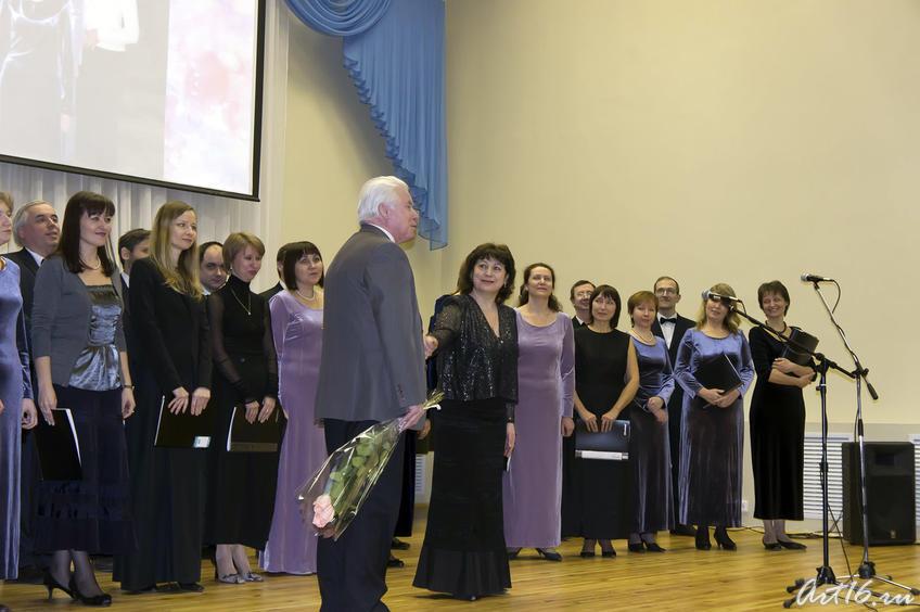 Фото №72386. Гузель Гимаева и хор ''Гармония''