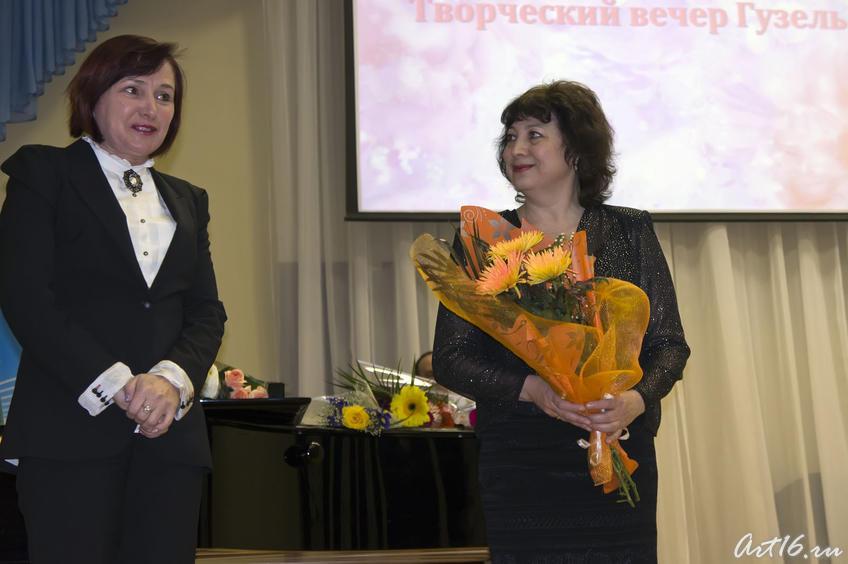Фото №72407. Поздравляет доктор педагогических наук, профессор Р.А.Фахрутдинова