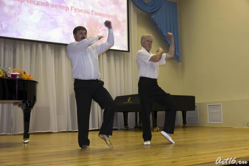 Фото №72432. ''Акробаты''. Пантомима. Зуфар Гимаев и Рахим Гибадуллин