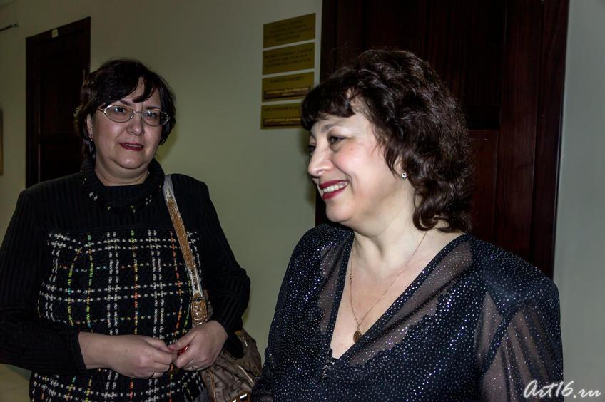 Фото №72469. Гузель Гимаева в кругу друзей