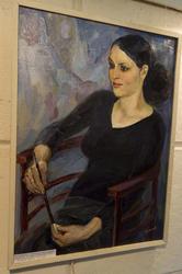 Выставка женского портрета ''Гляжусь в себя, как в зеркало''