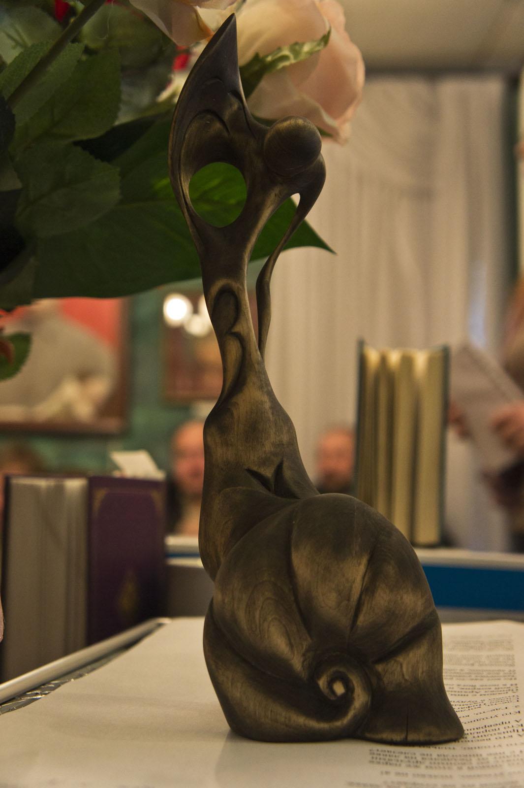 Фото №73628. ''Метаморфозы'', скульптура из дерева Мориса Циклаури, гл приз фестиваля