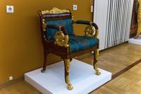 Кресло из Малахитового зала Зимнего дворца Санкт-Петербург, мастерская братьев Гамбс 1830