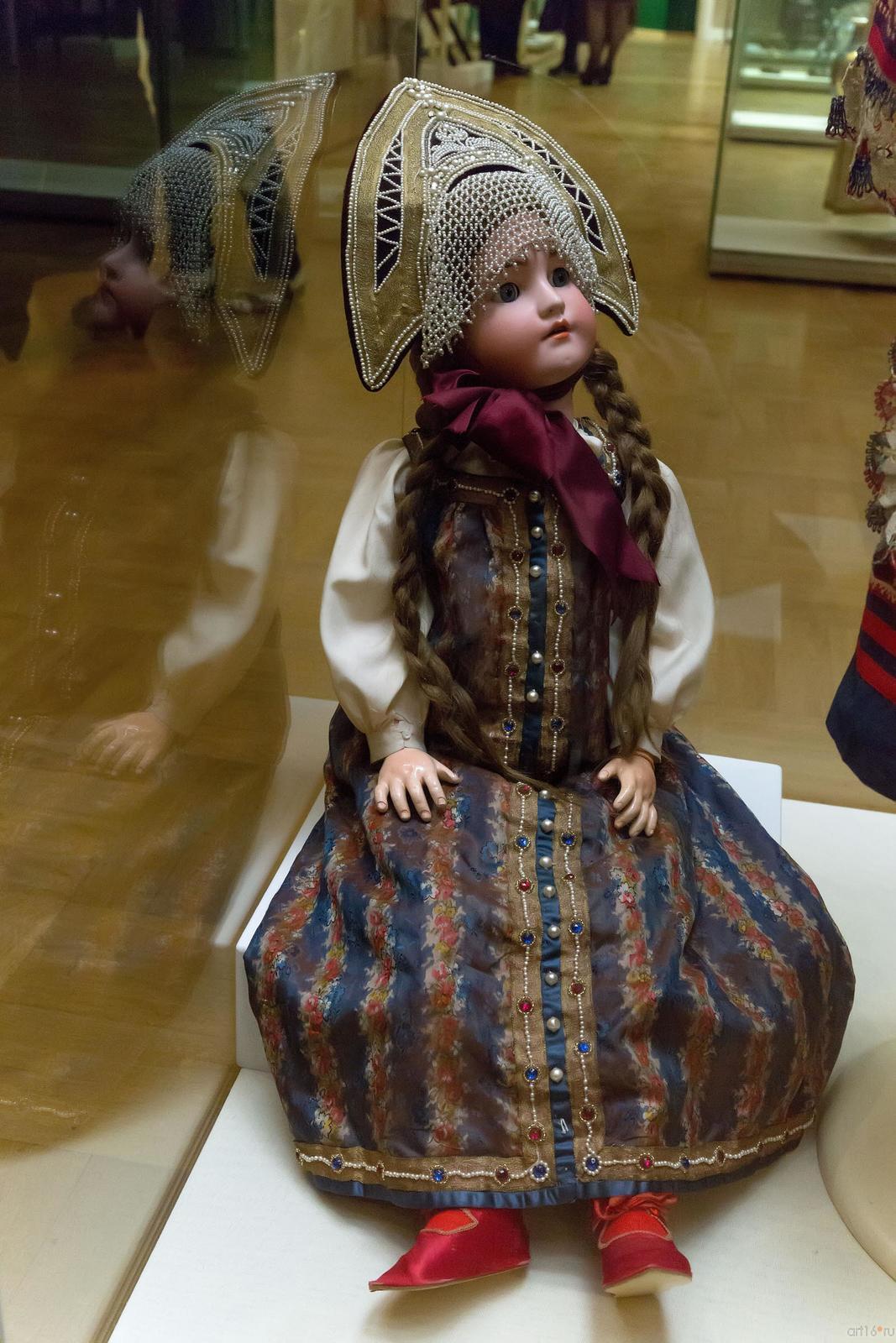Фото №739428. Кукла и национальном русском костюме Москва (?) Конец XIX века