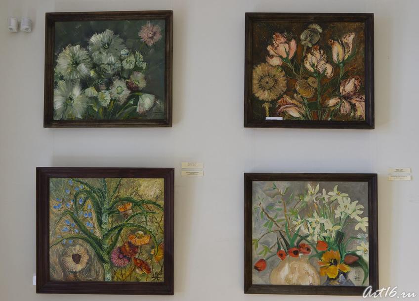 Фрагмент экспозиции (Миля Нуруллина, 1997, 1999)::Миля Нуруллина. Юбилейная выставка-2011