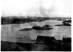 Река Казанка в половодье и панорама города