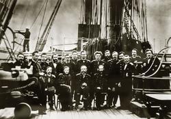 Группа офицеров на палубе винтового фрегата «Пересвет» Фотография 1863 года