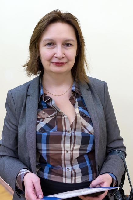 Ахметова Дина Ирековна::Выставка «Диалог. Василий Турин – Вера Карасева»