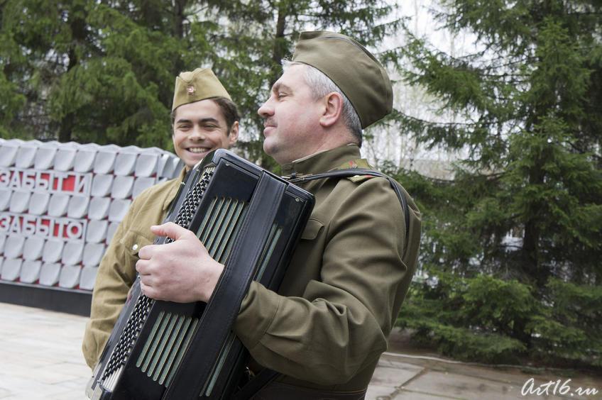 Песни военных лет. Концерт у стелы Победы