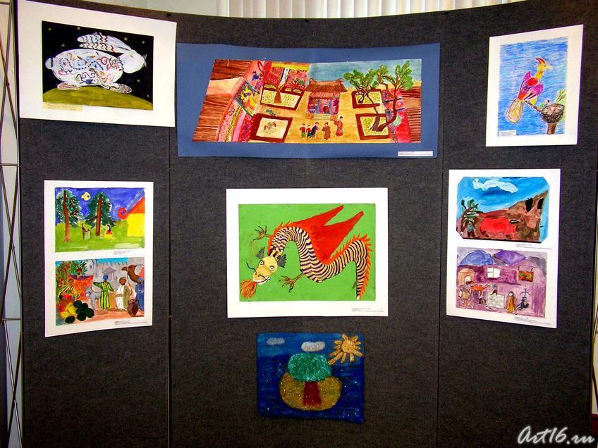 Фото №7742. Рисунки с выставки