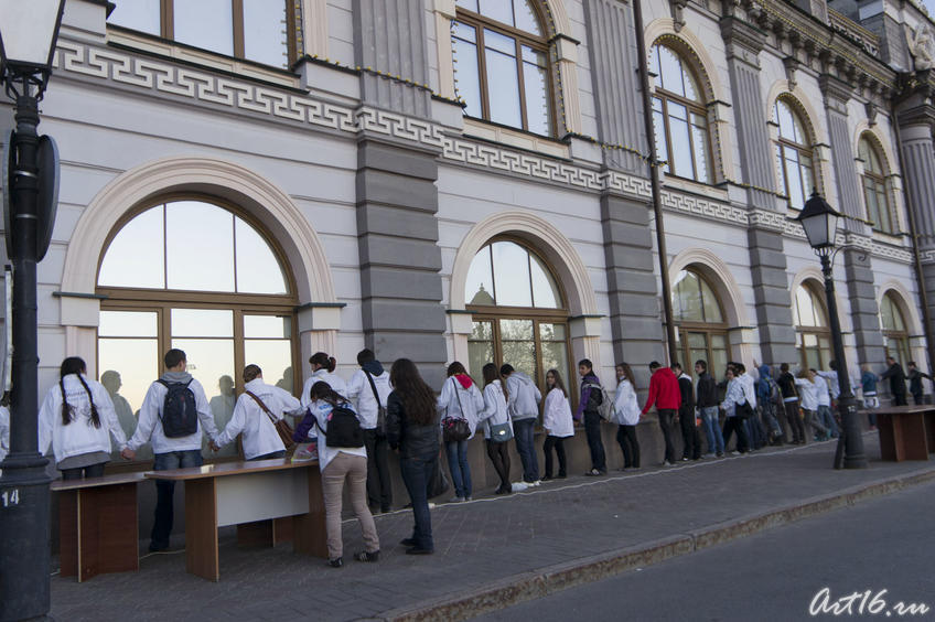 Фото №78164. Это не то, что вы подумали,  это — flash-mob «Музей в объятиях»