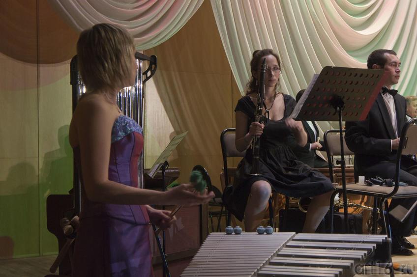 Наталья Николаева  (вибрафон), Ольга Ратушная  (кларнет)