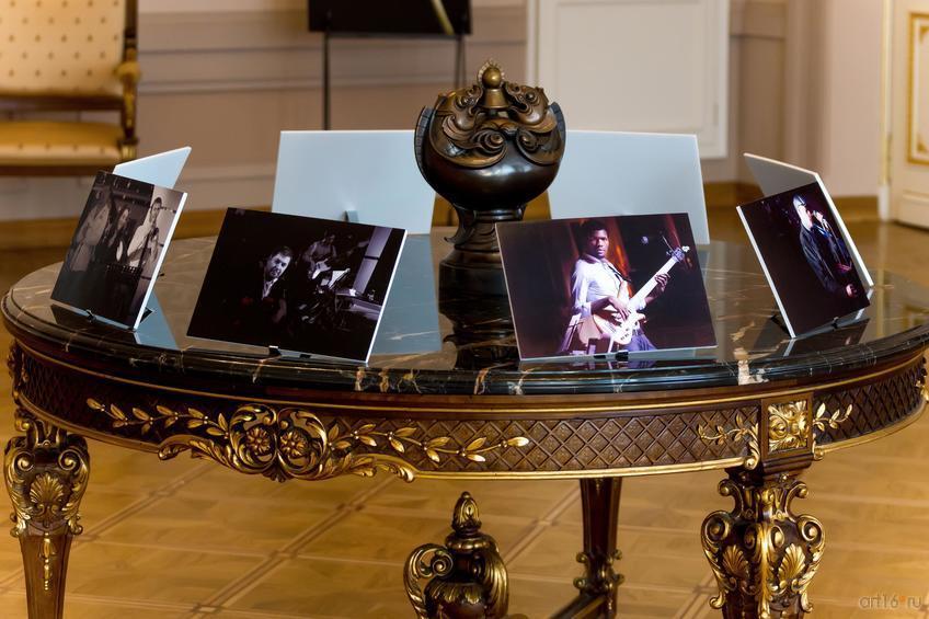 ::Фото-выставка Дмитрий Мелентьев: «Цветы и джаз»