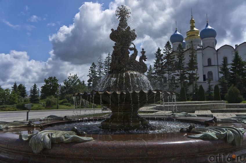 Фото №79321. Фонтан в Губернаторском дворце Казанского кремля
