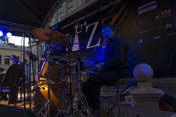 Эдуард Нуруллин – барабаны