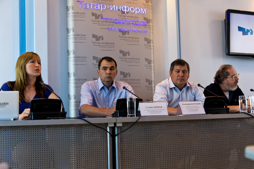 Фото №81023. Пресс-конференция в ИА ''Татар-информ'' с членами отборочной крмиссии VII КМФМК