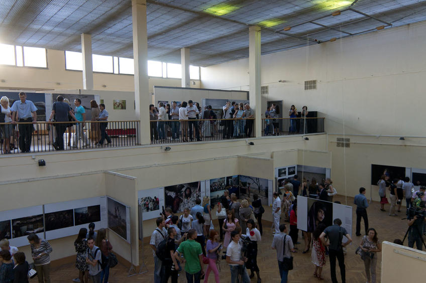 """Фото №81874. Открытие выставки  """"World Press Photo —.2011"""""""