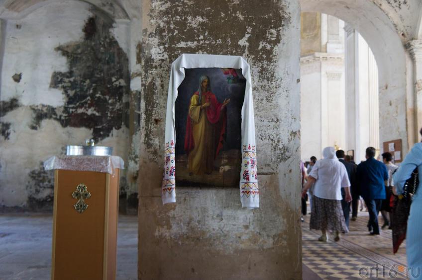 В Спасском соборе. Елабуга, 21 августа 2011