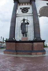 Скульптура гренадёра (скульптор - И. А. Минин)