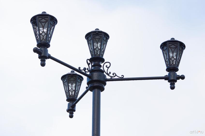 Фото №828981. Фонарь (четырехрожковый торшер) на алее Славы в Курске