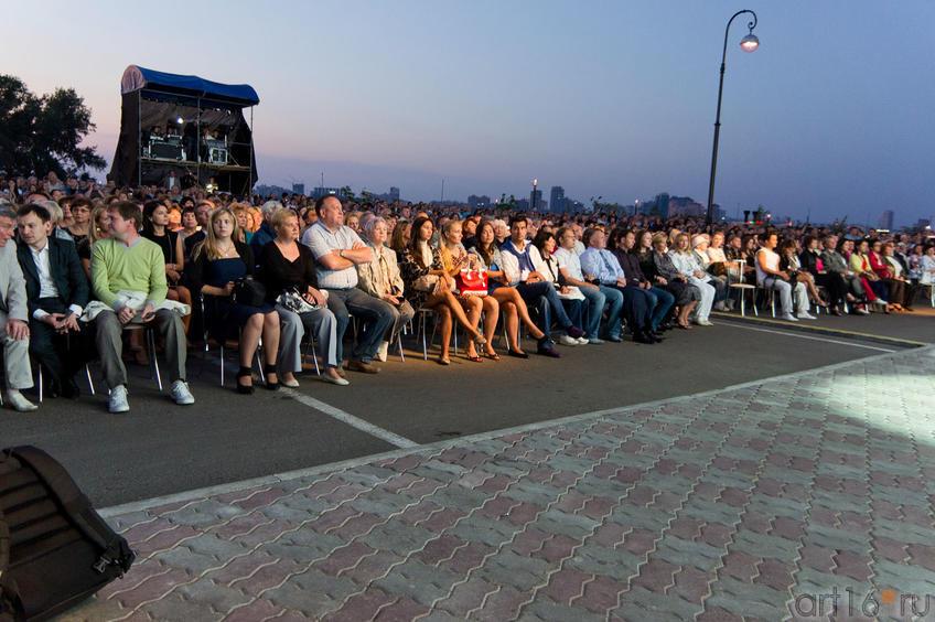 Зрители I Оперного фестваля под открытым небом «Казанская осень»