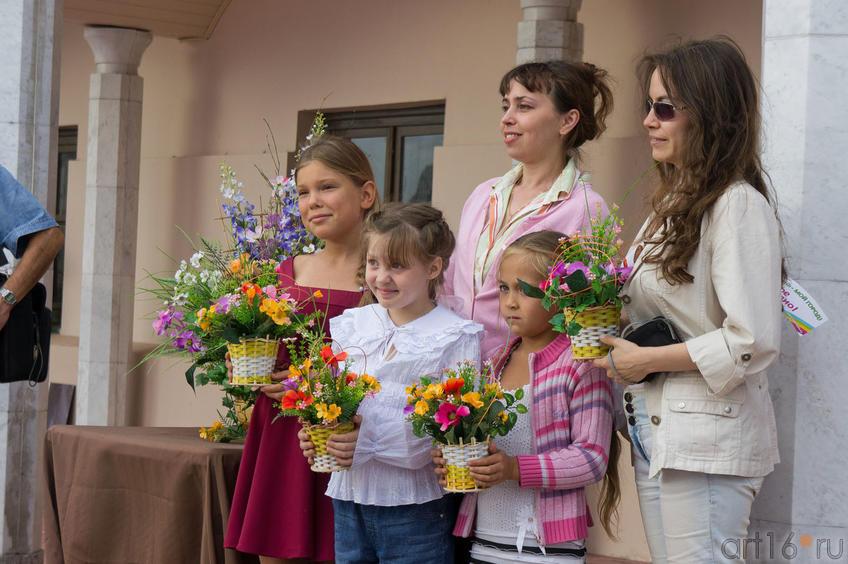 Корзины с цветами на память о мастер-классе флориста Алсу Биктимеровой