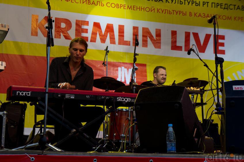 Руслан Воротников (клавишник). Smooth Jazz Project Paolo