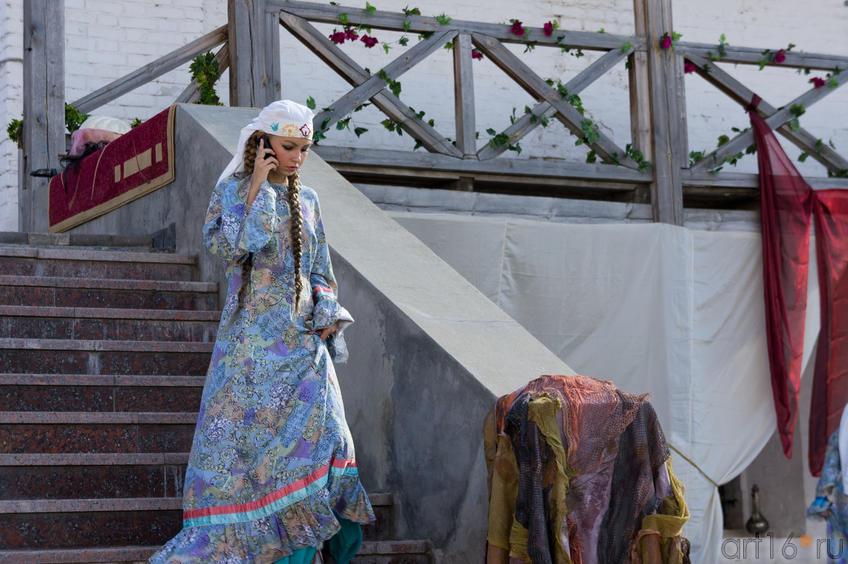 Перед началом постановки оперы «Алтынчач» в Казанском кремле::Опера «Алтынчач» Н.Жиганова, либретто М.Джалиля
