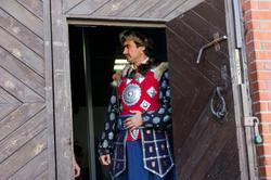 Перед началом оперы «Алтынчач»,  4 сентября 2011