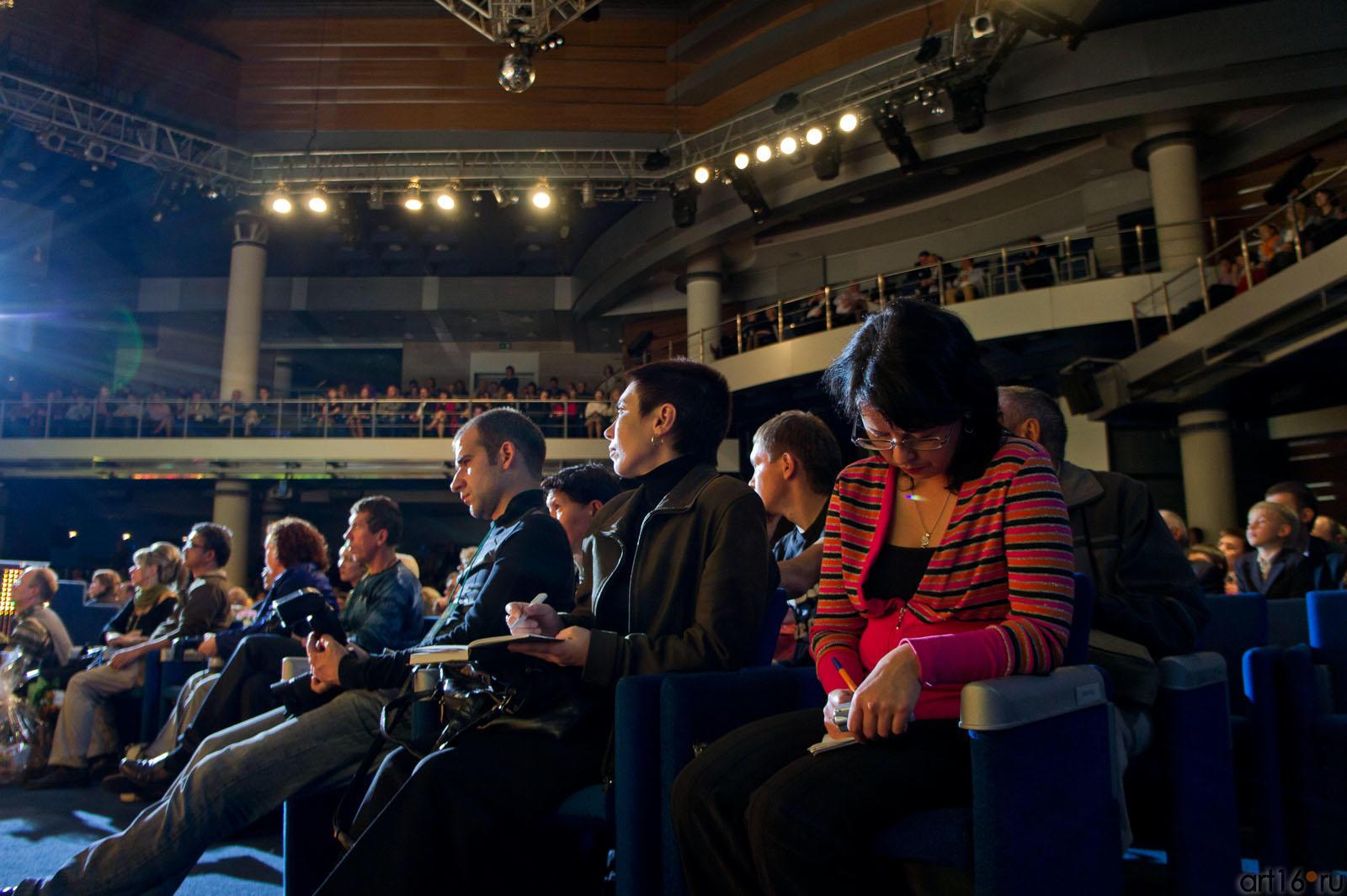 В КРК «Пирамида» на Церемонии награждения победителей  VII КМФМК::Итоги VII Казанского международного фестиваля