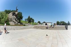Площадь Скорби (Мамаев курган)