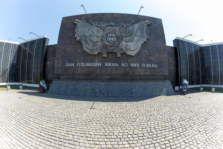 Фото №858601. Воинское мемориальное кладбище, Мамаев курган