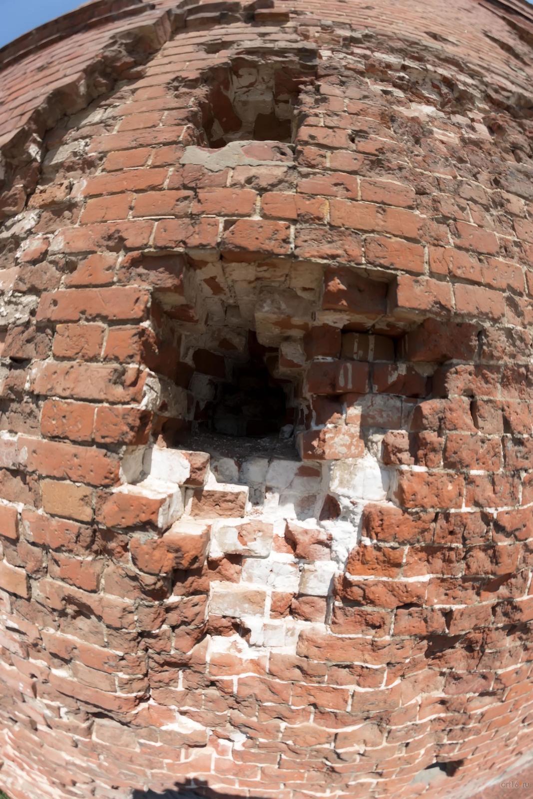 Фото №858685. Руины мельницы  Грудинина были оставлены по состоянию на 1943 год как памятник  изуродованному войной Сталинграду