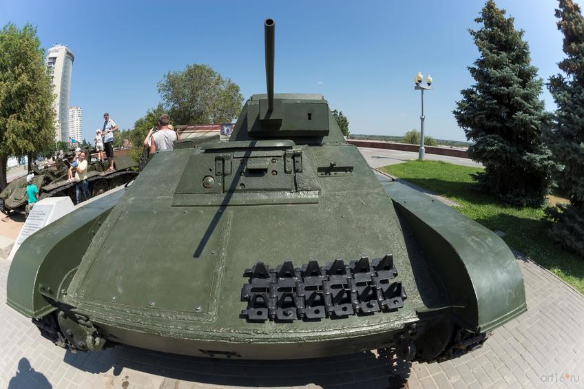 Музей военной техники под открытым небом. Музей-заповедник «Сталинградская битва»::Волгогорад. 2015