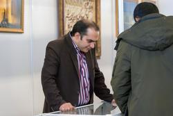 Возле стенда Генерального консульства ИР Иран в Казани