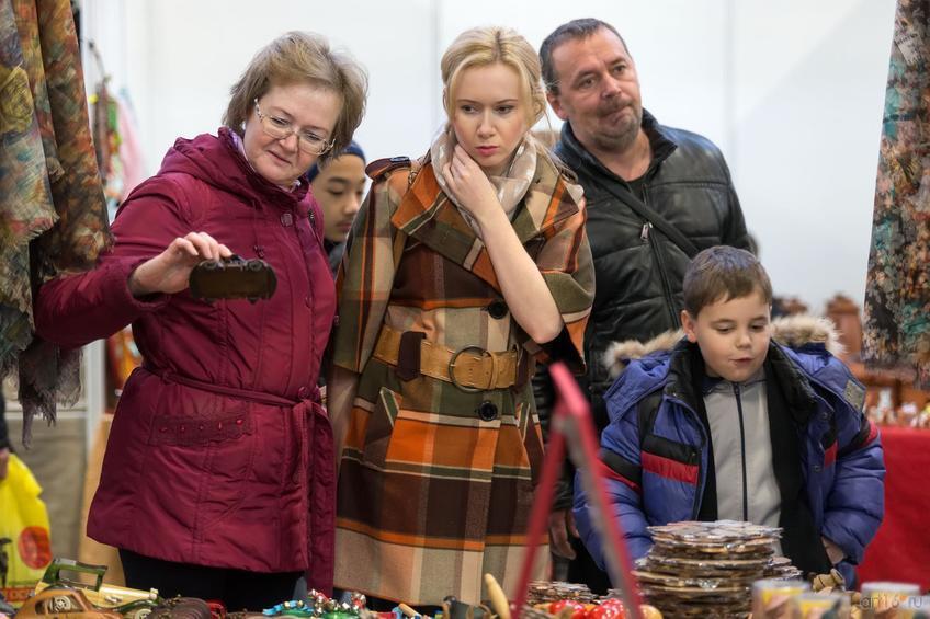 На ярмарке::Арт-галерея. Казань—2015