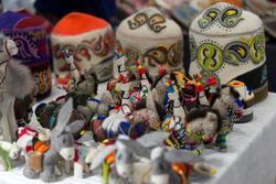 Художественные изделия из войлока. Мастер Бехет. Бишкек