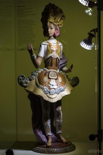 Жар-птица. Скульптор Висенте Мартинес. 1982-1995 гг.::Художественный фарфор марки Lladró «Фарфор на пуантах»