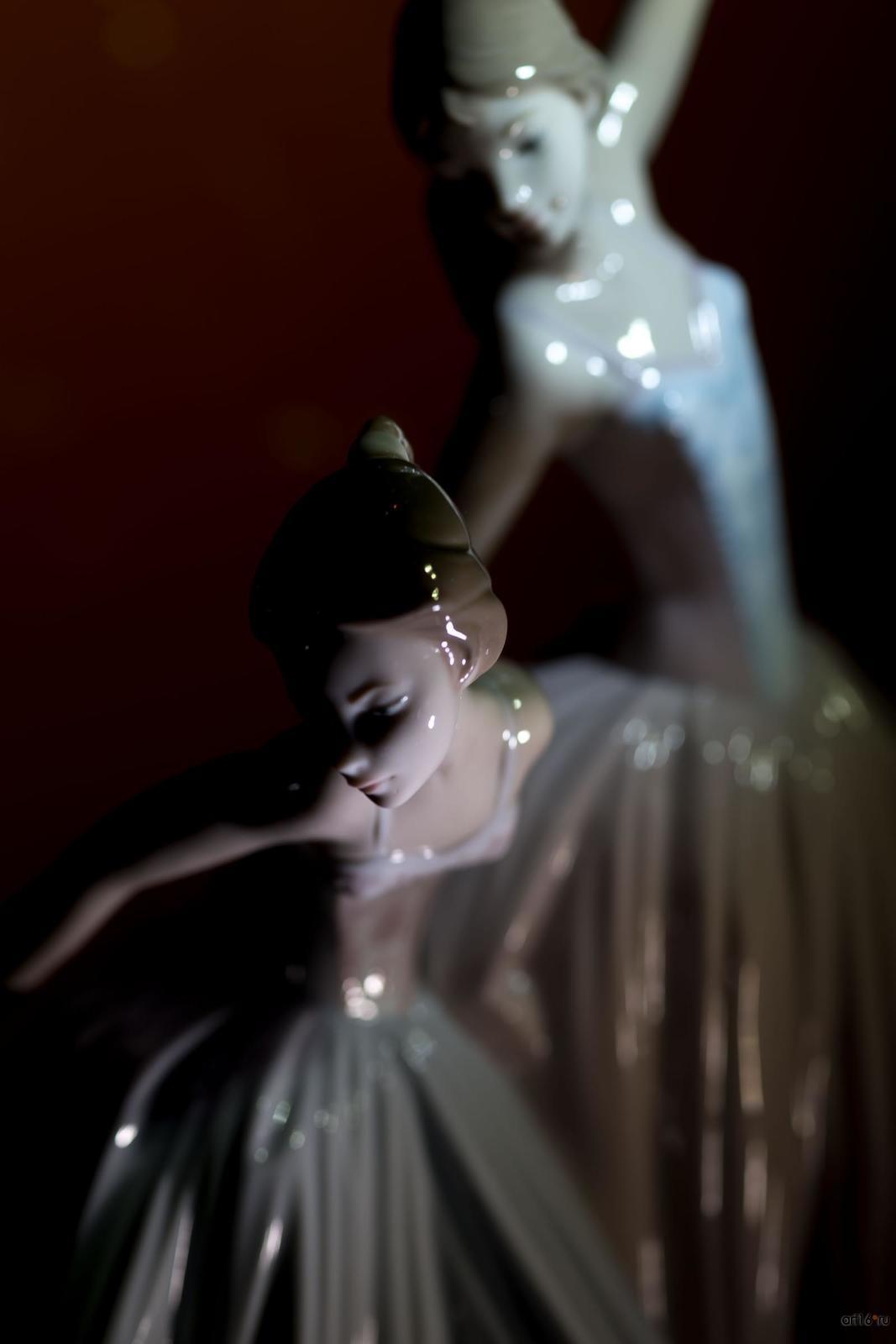 Фото №865721. Прекрасный балет. Скульптор Сальвадор Дебон. 1979-2005 гг. (фрагмент)