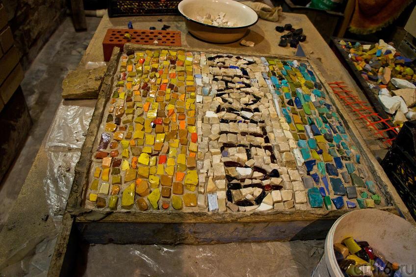 Фото №86961. Мозаика ''Спаситель'' в мастерской И.Ханова (зал Бахая)