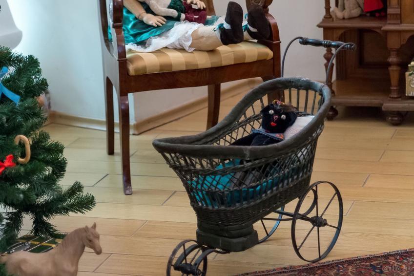 Фото №871275. Детская коляска (кон. XIX-нач.XX)