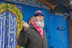 Владимир Александрович Попов у Вселенского храма. 12.11.2011